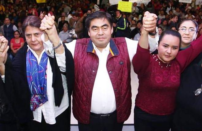 Foto: Luis Miguel Barbosa hizo un llamado a la unidad para el próximo proceso electoral y lograr la reconciliación de Puebla, el 13 de abril de 2019 (Twitter @MBarbosaMX)