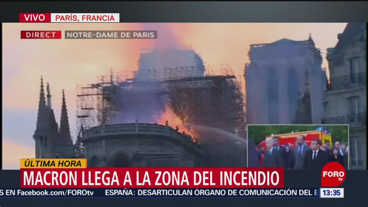 Foto: Macron llega a la zona del incendio en Notre Dame