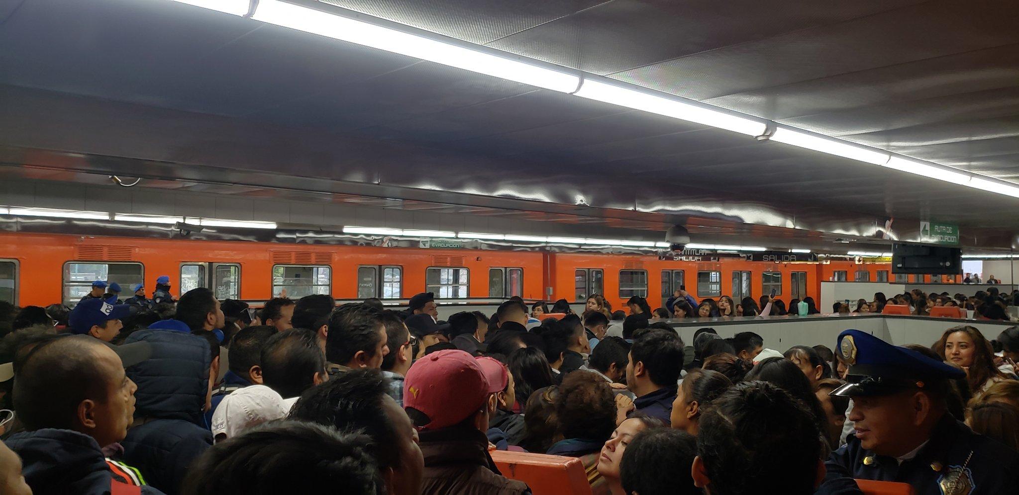 Metro CDMX emite constancia por retraso de Línea 9 (Twitter lagunes666)