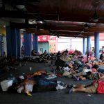 Foto: Se prevé que este lunes los dos mil migrantes centroamericanos que permanecen en Tapachula retomen su caravana con destino a Oaxaca, el 14 de abril de 2019 (Reuters)