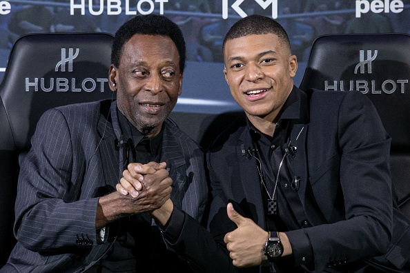 Foto: El astro brasileño Pelé se reunió con el futbolista francés Kylian Mbappé, 3 abril 2019