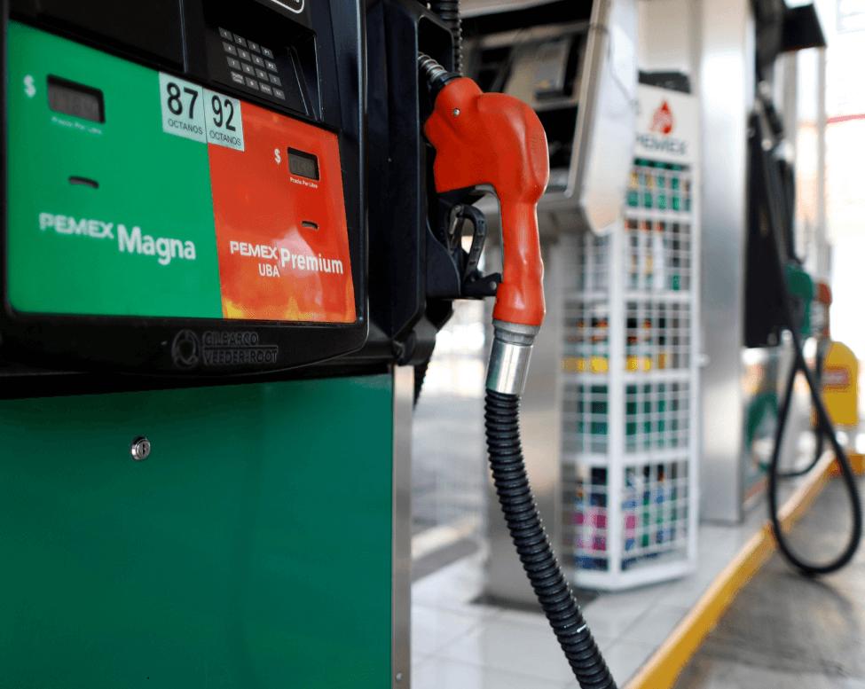 Estaciones de gasolina en México. (Reuters)