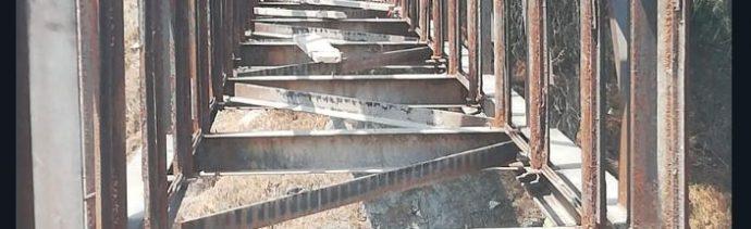 Piden retirar 'puente de la muerte' en Ecatepec
