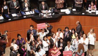 Senado aprueba seguridad social para trabajadoras del hogar