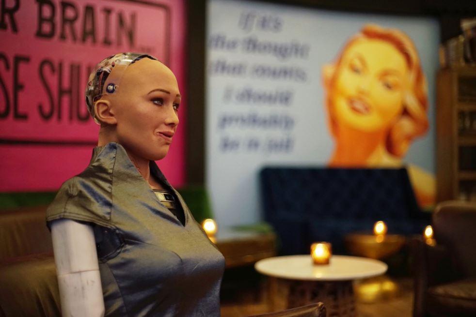 Sophia, robot humanoide, exige igualdad para los androides