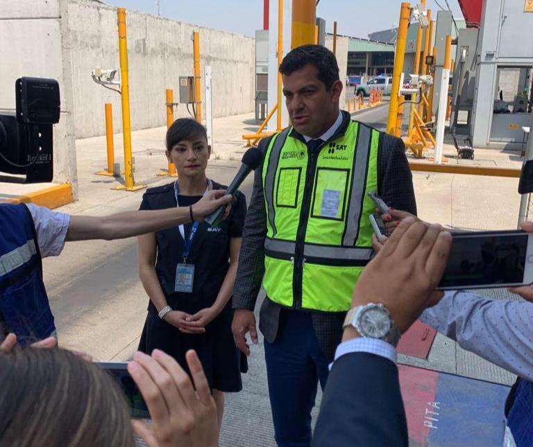 Maestra Baglietto Hernández encabeza Administación de Aduana