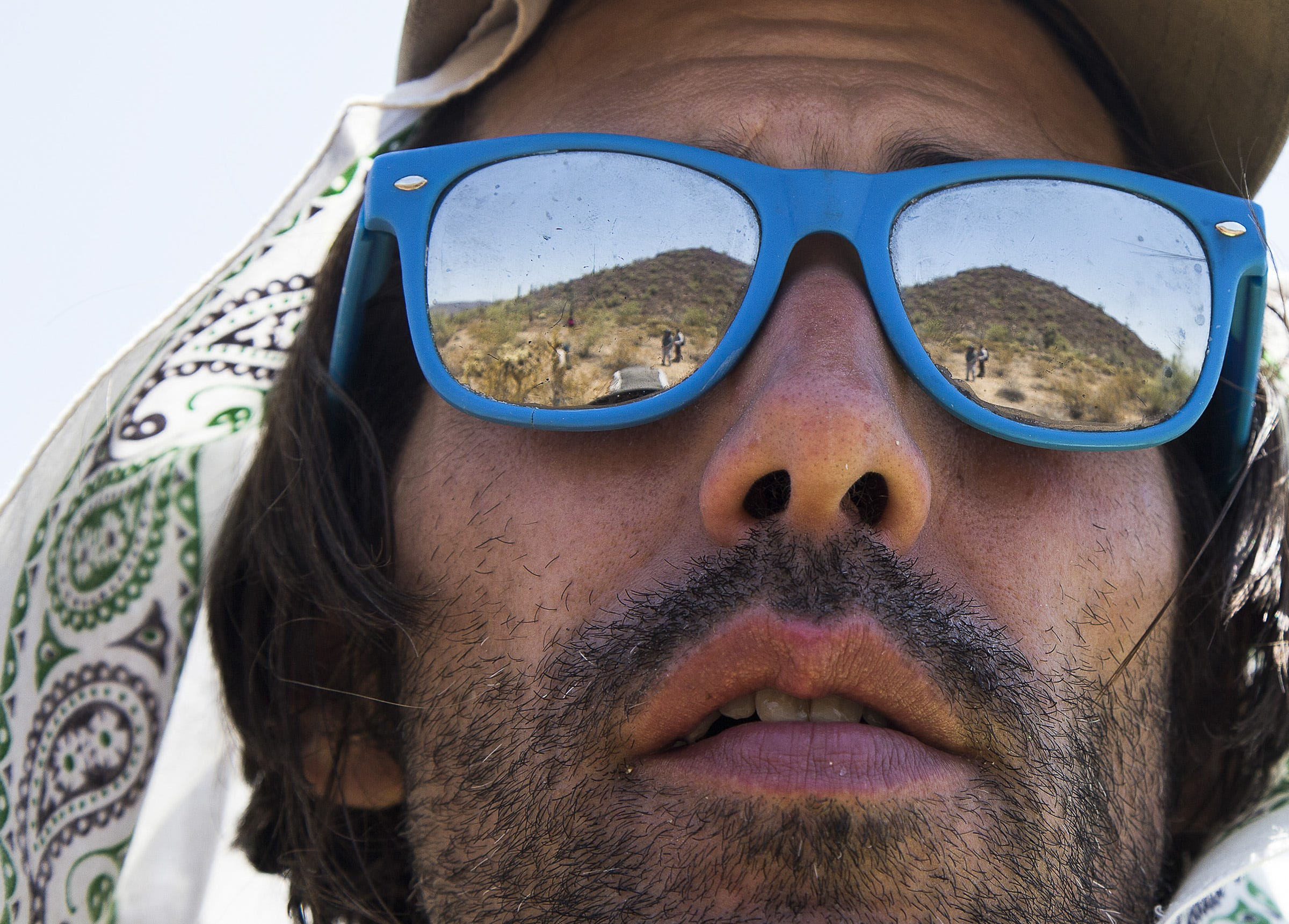 foto Enjuician a activista de EU por dar agua, alimento y alojamiento a migrantes