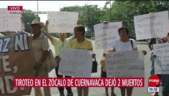 Activistas protestan en la Plaza de Armas en Cuernavaca