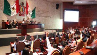 Congresos de Oaxaca y Colima dan luz verde a reforma educativa; suman cinco