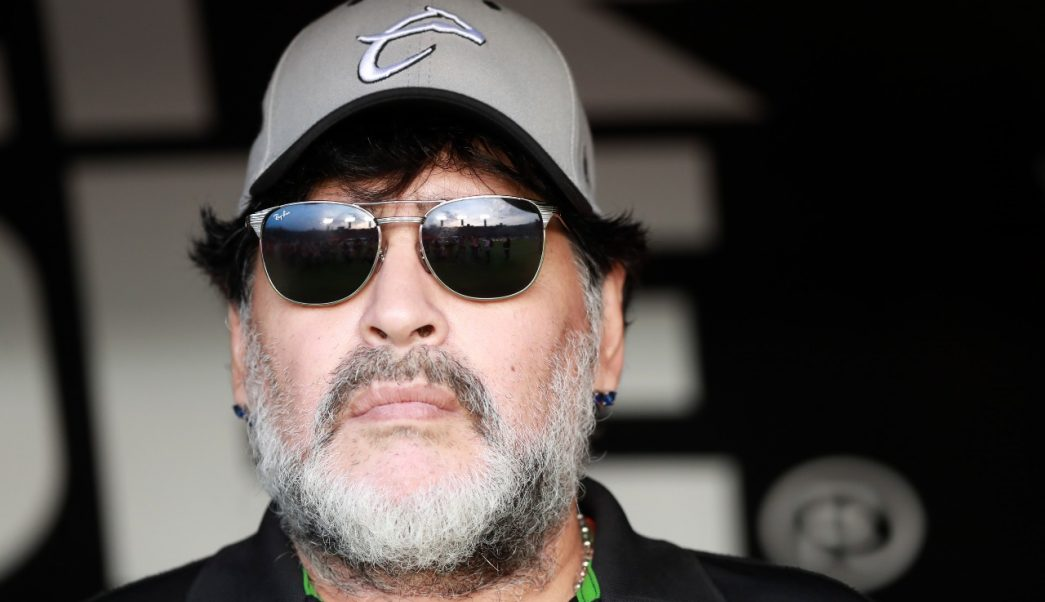 Foto: El exfutbolista Diego Armando Maradona es sometido en su casa de Buenos Aires a una 'cura de sueño' debido a su insomnio, mayo 31 de 2019 (Getty Images)