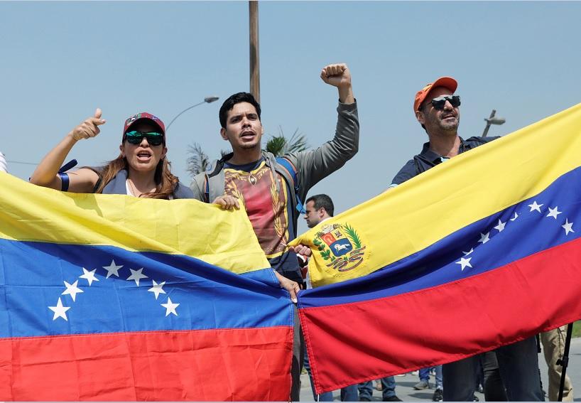 Foto: Residentes venezolanos en Perú protestan en calles de Lima. El 30 de abril de 2019