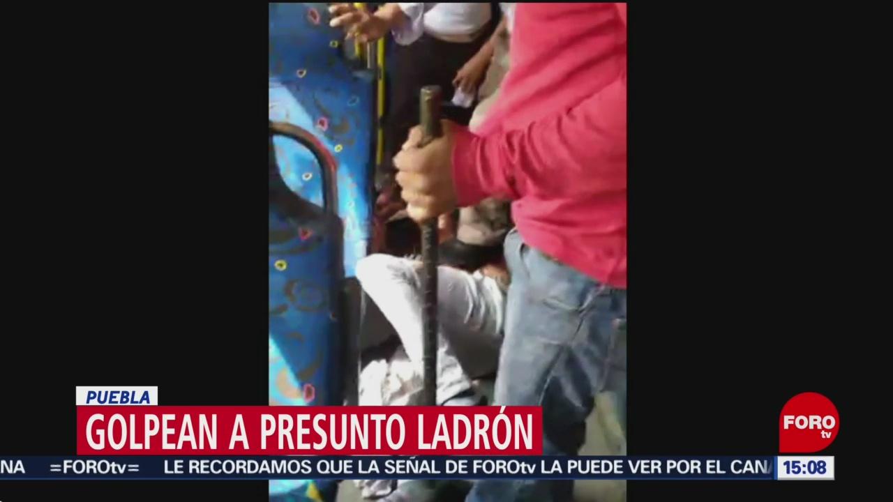 FOTO: Golpean a presunto ladrón en transporte de Puebla