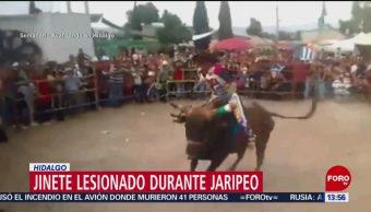 FOTO: Jinete resulta lesionado en jaripeo