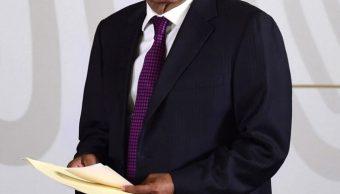 AMLO busca acuerdo de concordia con políticos y empresarios