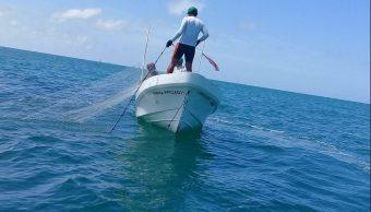 Foto: Pescadores en Campeche, agosto 2018. Twitter @Sepesca_Camp