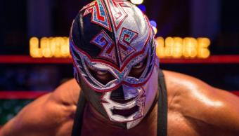 Foto: El luchador mexicano Silver King murió este sábado durante una función en Londres, mayo 11 de 2019 (Imagen: The Sun)