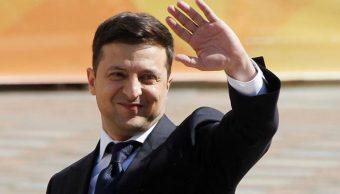 Zelenski anuncia disolución del Parlamento en su discurso de investidura