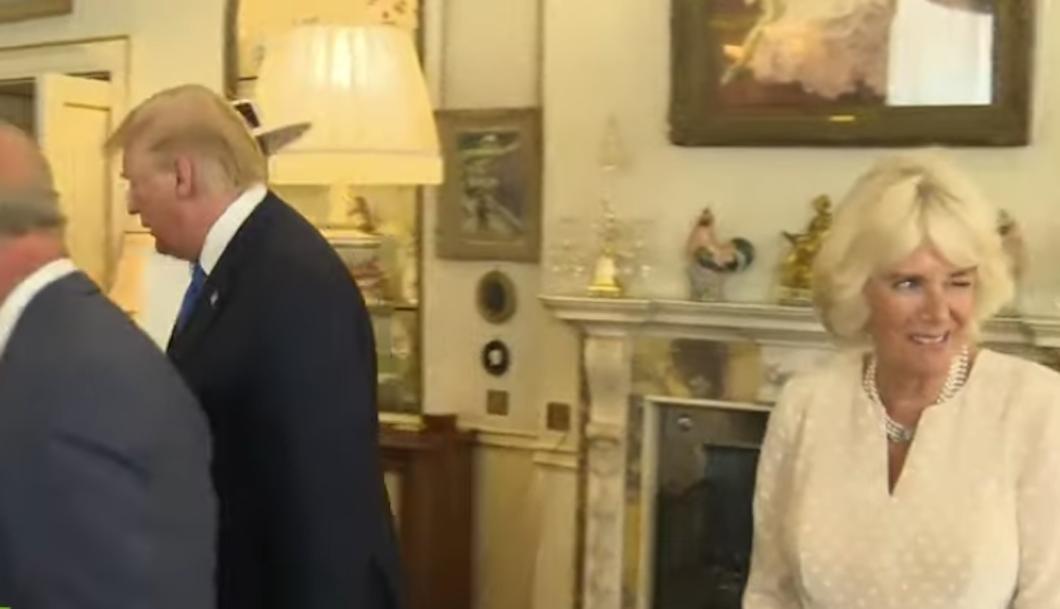 Foto peculiar gesto que la duquesa Camila hizo a espaldas de Trump 5 junio 2019