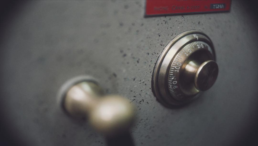 foto ¡Increíble! Turista abre en segundos una caja fuerte cerrada por 40 años 7 junio 2019