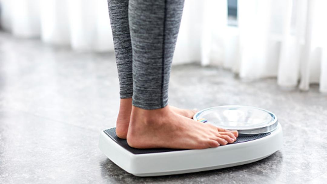 foto bascula engordar sobrepeso 14 junio 2019