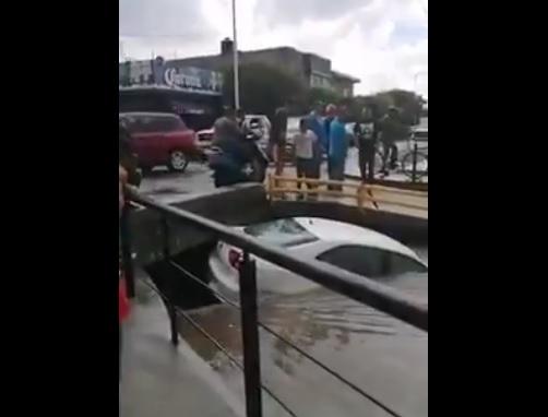 Foto: inundación en Juventino Rosas, Guanajuato, 26 de junio 2019. Twitter @ValorSma