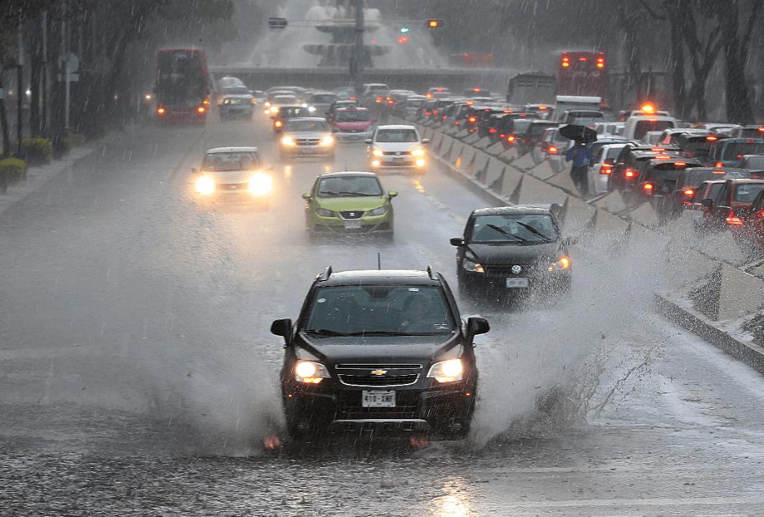 Foto. Lluvia en la Ciudad de México, 8 junio 2019