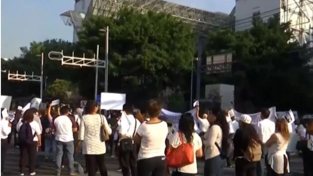 Foto: Médicos y trabajadores del ISSSTE protestan por despidos, 28 de mayo de 2019, Ciudad de México