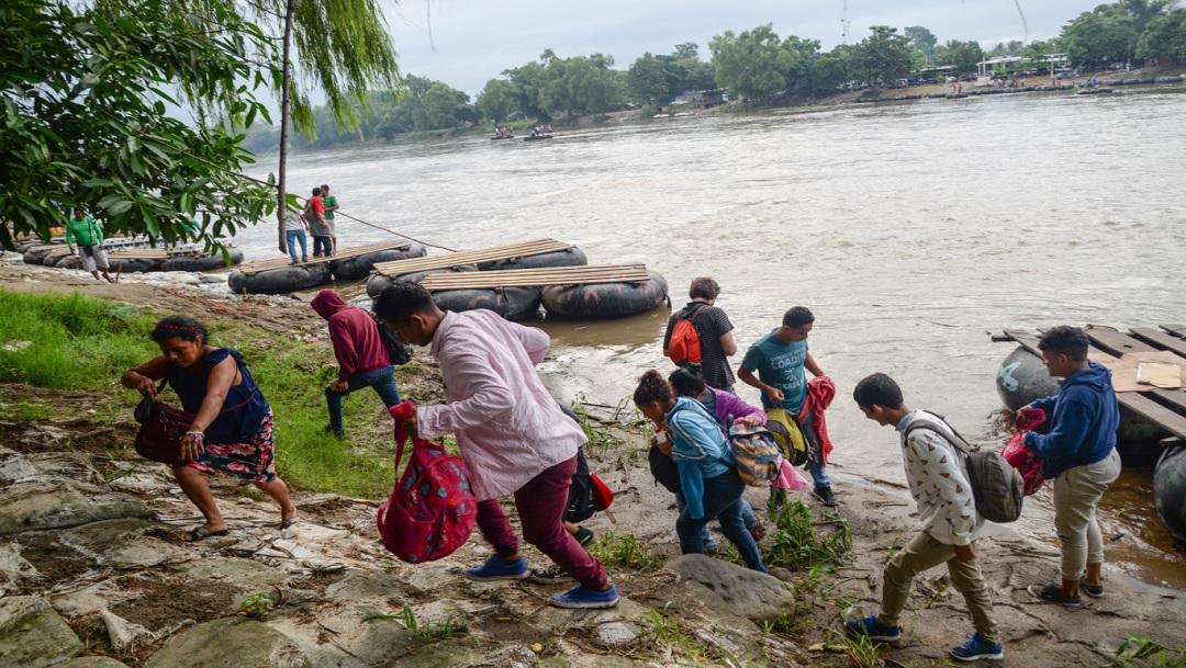 Frontera México-Guatemala, tierra de nadie para cruce de migrantes y comercio informal