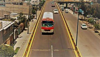 FOTO El puente que conecta Iztacalco con Neza ya fue reparado con neopreno (Noticieros Televisa 19 junio 2019 cdmx)