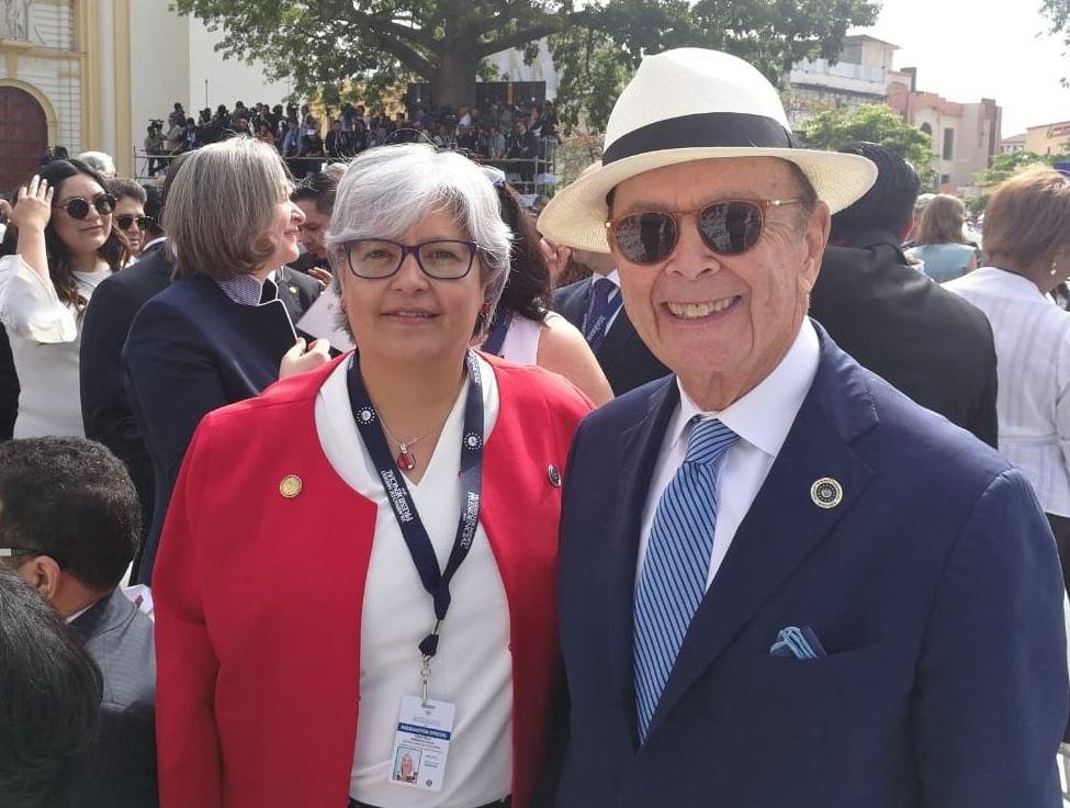Foto: Graciela Márquez, secretaria de Economía, con Wilbur Ross, secretario de Comercio de Estados Unidos, en la toma de posesión de Nayib Bukele en El Salvador, el 2 de junio de 2019 (Twitter @GMarquezColin)