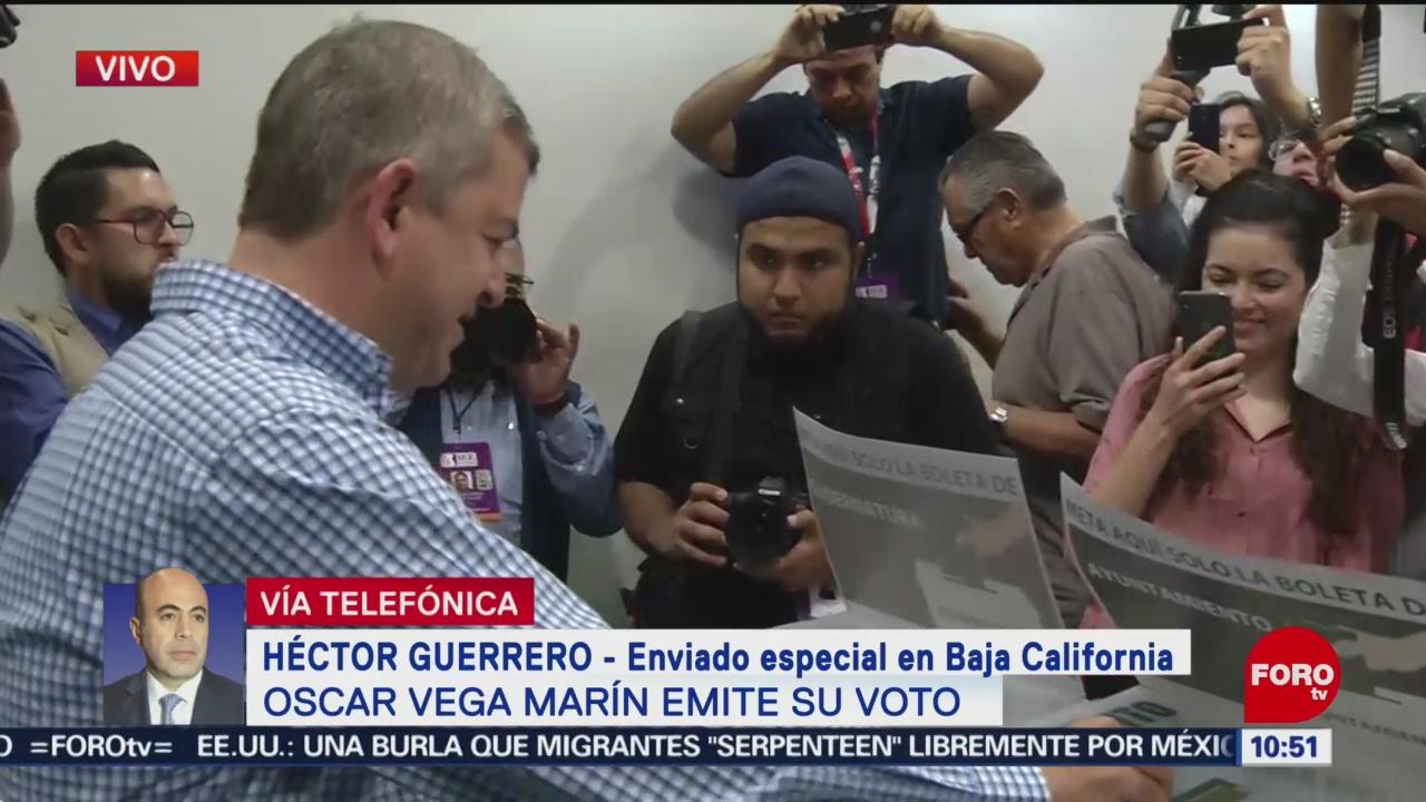 FOTO: Vota Óscar Vega, candidato a la gubernatura de Baja California, 2 Junio 2019