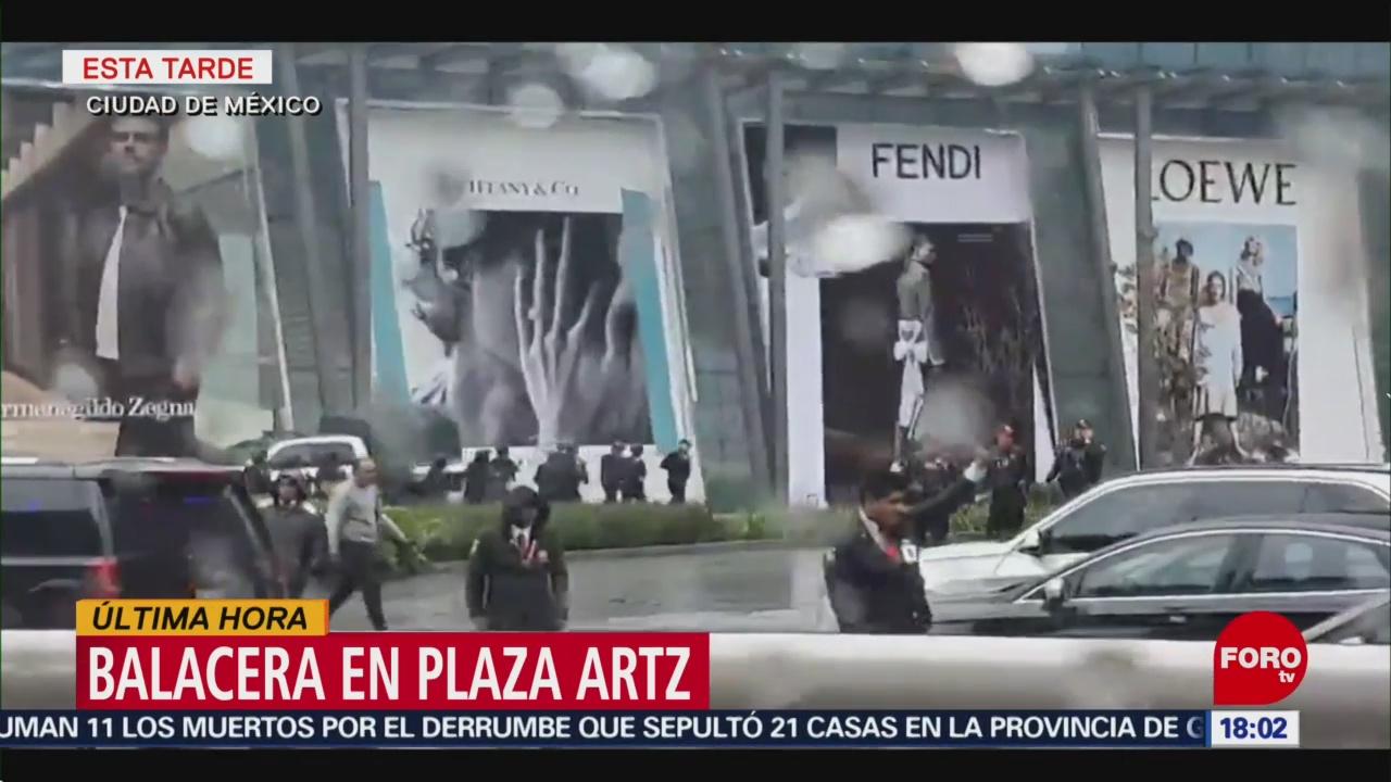 Balacera en Plaza Artz deja al menos tres lesionados