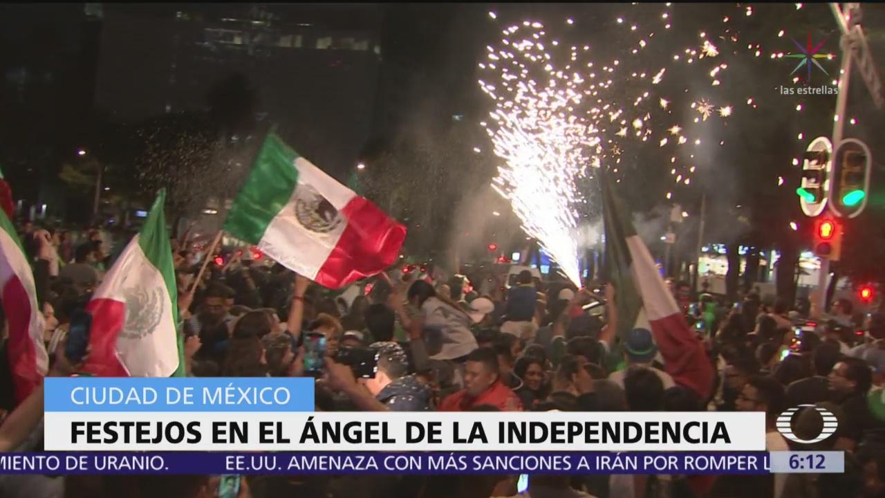 Celebran triunfo de la Selección Mexicana en el Ángel de la Independencia