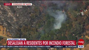 Desalojan a residentes por incendio forestal en el condado de Napa