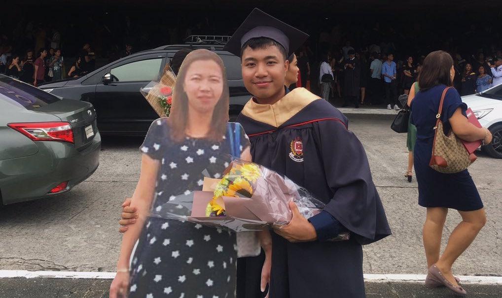 Foto Graduación Madre 25 Julio 2019