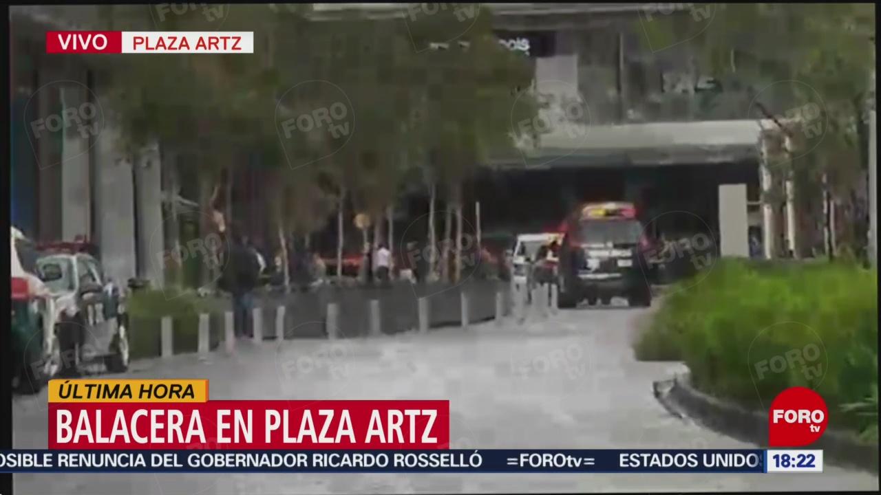 Reportan un muerto por balacera en Plaza Artz