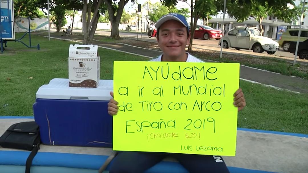 Foto Arquerista mexicano vende chocolates para poder ir a competir al Mundial 7 agosto 2019