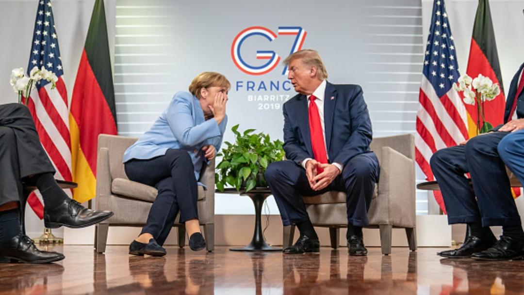 Foto: La canciller de Alemania, Angela Merkel, y el presidente Donald Trump en la conferencia de prensa en Biarritz, Francia, 28 agosto 2019