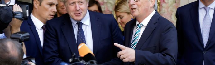 """FOTO Boris Johnson acuerda """"intensificar"""" conversaciones del Brexit con UE (AP)"""