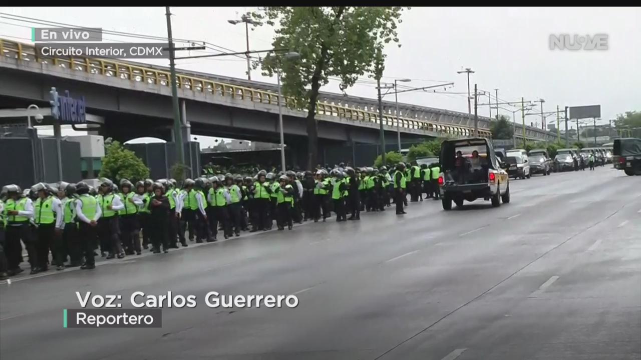 FOTO: Continúa Bloqueo Policías Inmediaciones AICM,