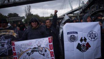 protesta de policias federales en inmediaciones del aicm