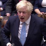El primer ministro británico, Boris Johnson, habla en la Cámara de los Comunes. Reuters