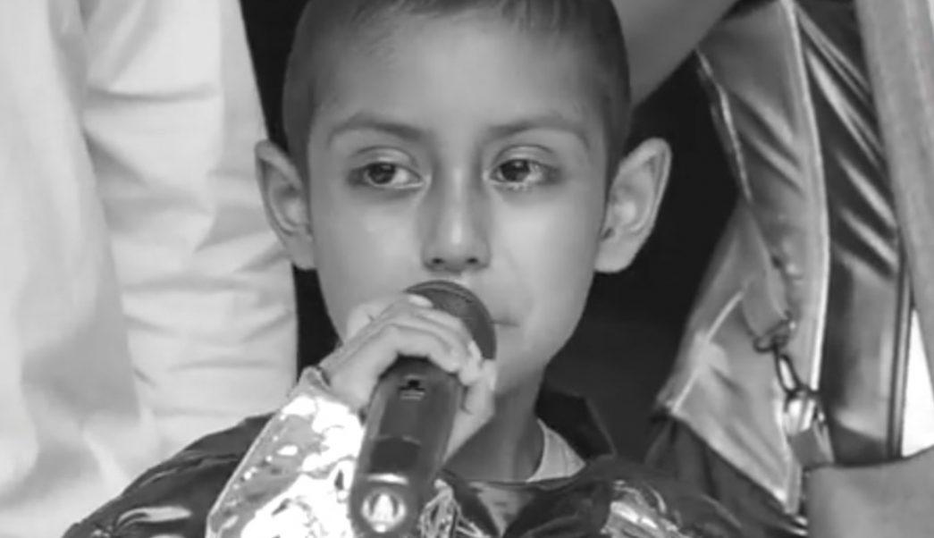 Foto:Jonathan, el pequeño que pudo cumplir su sueño de conocer el mar. 19 septiembre 2019
