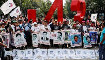 Marcha por normalistas de Ayotzinapa