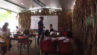 Foto: Escuelas con muros de palma en Oaxaca, septiembre de 2019