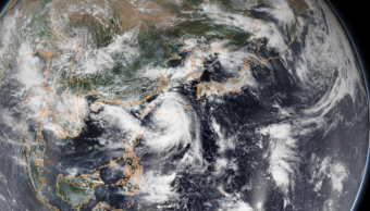 IMAGEN Tifón Lingling avanza hacia Corea, cancelan vuelos (NOAA)