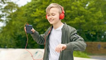 La música beneficia al cerebro humano