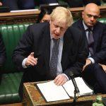 Foto: El primer ministro británico Boris Johnson reaccionando al resultado de la votación sobre el Brexit, 19 octubre 2019