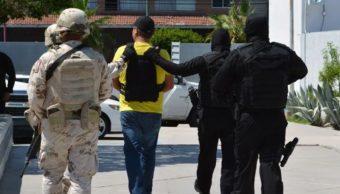 Detienen en BCS a siete extranjeros buscados por el FBI