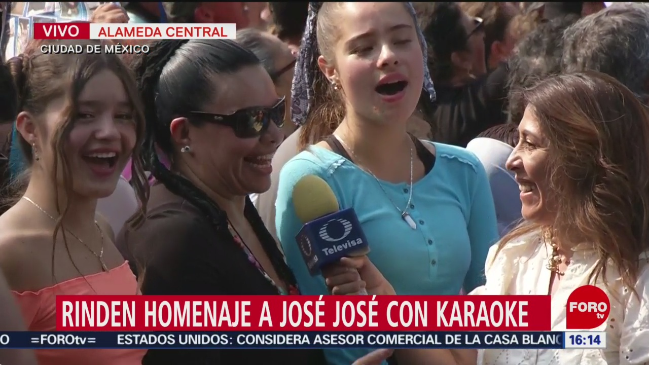 Cientos Participan Karaoke Por José José Alameda Central